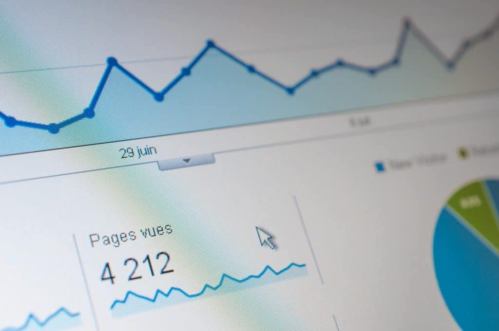 Ekran komputera ze statystyką