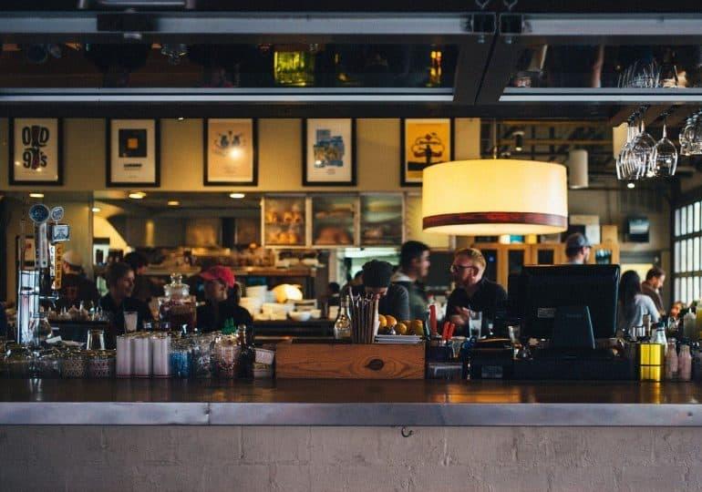 Marzenia się spełniają: przestrzeń coworkingowa w multi-tap barze
