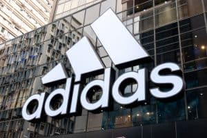 Logo marki Adidas