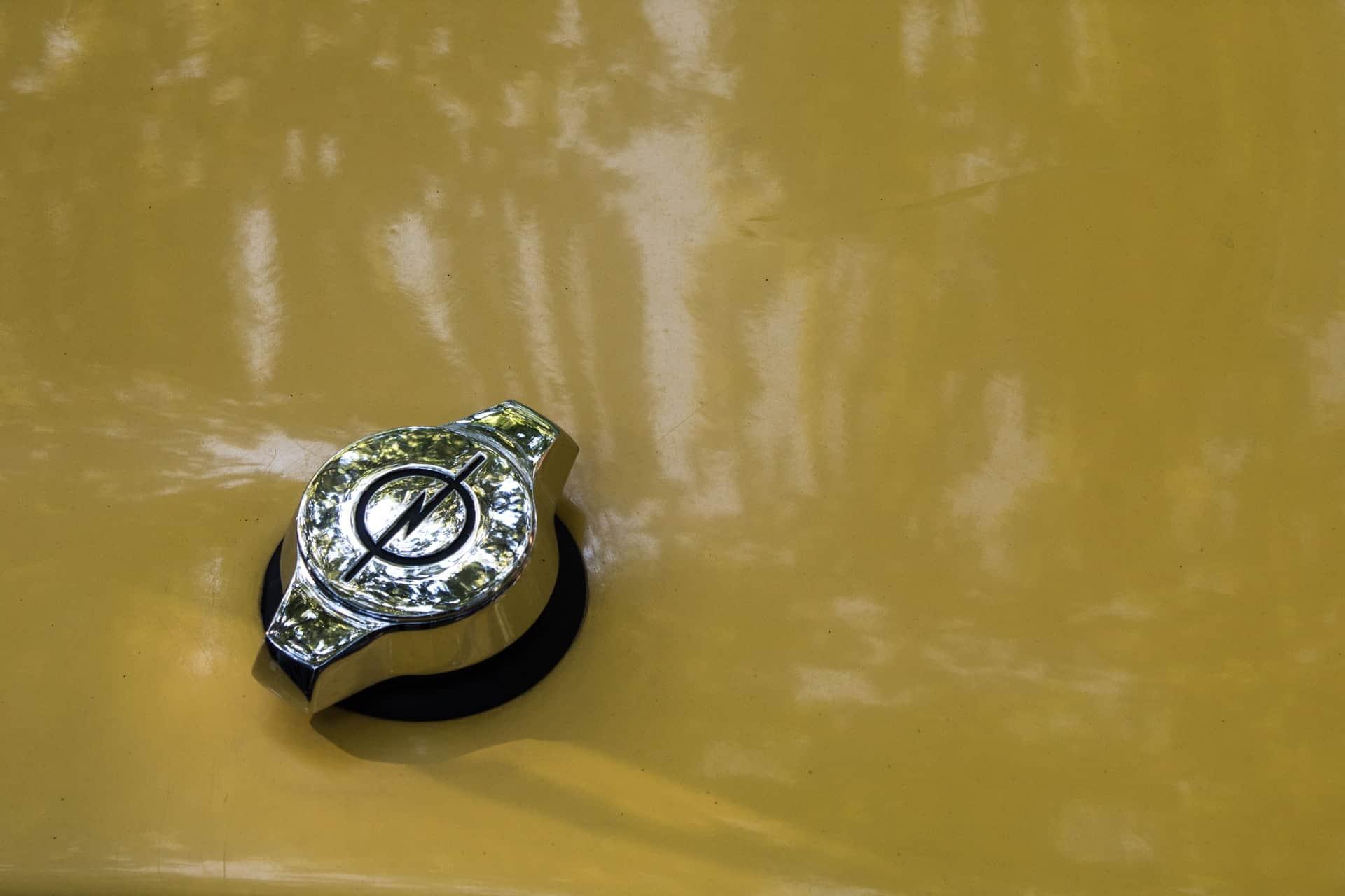 Dlaczego Opel zmienił logo?